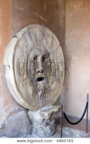 The Mouth Of Truth, La Bocca Della Verità