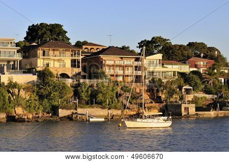 Sydney Waterfront Houses