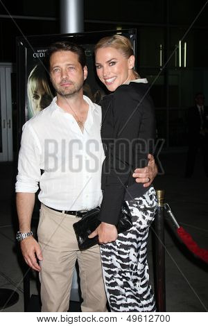 LOS ANGELES - AUG 14:  Jason Priestley, Naomi Lowde-Priestley at the