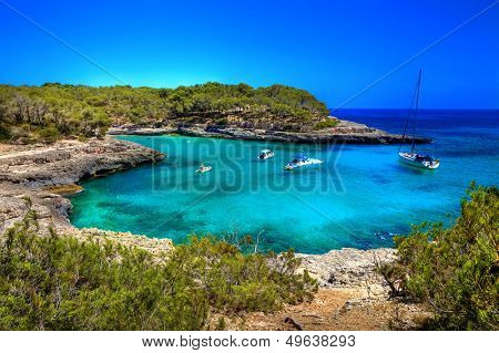 beautiful turquoise bays in stunning Mallorca