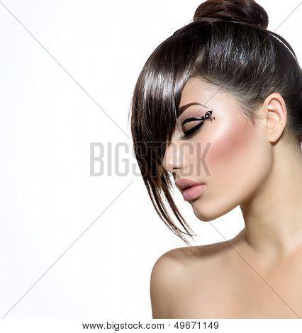 Fashion Glamour Beauty Girl With Stylish Hairstyle and Makeup. Fringe. Model Girl Portrait. Trendy Hair Style. Haircut. Glamour Girl isolated on White background. Eyeline.