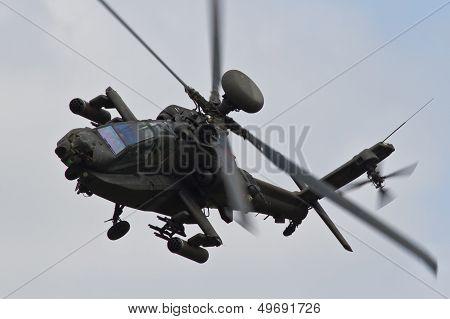 AH-64 Apache Gunship