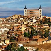 picture of parador  - medieval Spain  - JPG