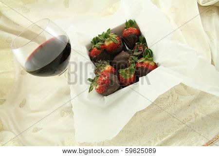 Red Wine And Chocolate Strawberries