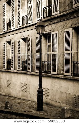 Quiet street in Montmartre, Paris