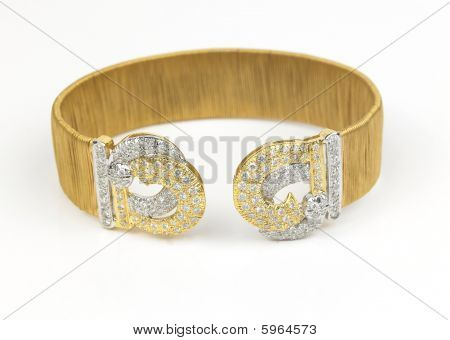 gold bracelet with diamonds