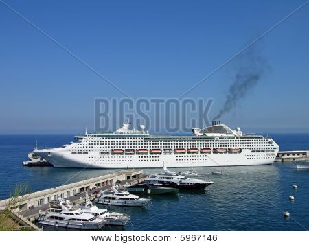 Cruise liner in Monte-Carlo