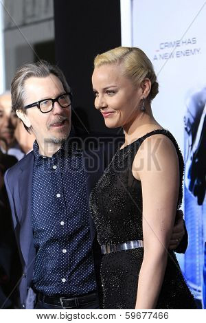 LOS ANGELES - FEB 10: Gary Oldman, Abbie Cornish at the premiere of Columbia Pictures' 'Robocop' at TCL Chinese Theatre on February 10, 2014 in Los Angeles, California