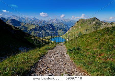 Way To The Lake