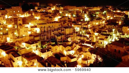 matera at nigth
