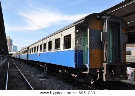 Backside Bogie Train Long Day