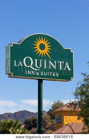 La Quinta Inn And Suites Motel