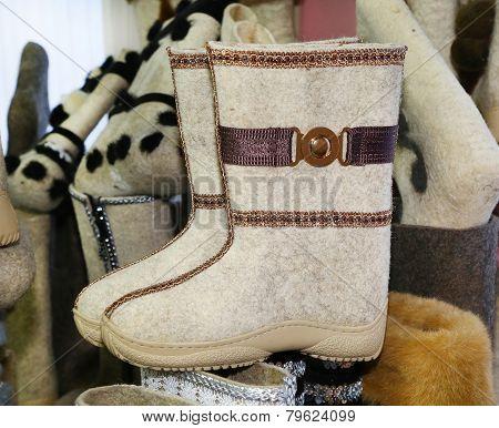 Felt Boots White