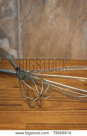 Metal Wisks