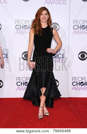 LOS ANGELES - JAN 07:  Sarah Rafferty arrives to the People's Choice Awards 2014  on January 7, 2015 in Los Angeles, CA