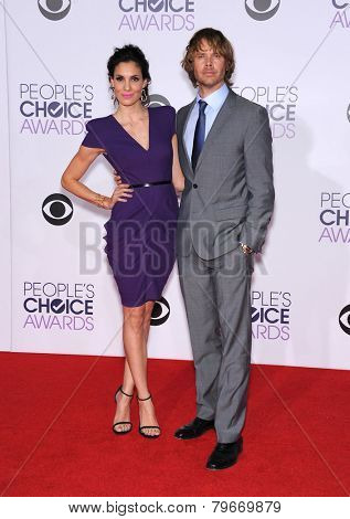 LOS ANGELES - JAN 07:  Daniela Ruah & Eric Christian Olsen arrives to the People's Choice Awards 2014  on January 7, 2015 in Los Angeles, CA