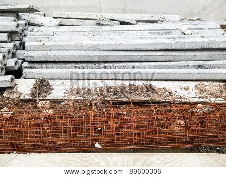 Cement Column And Mesh Rebar