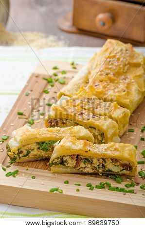 Strudel With Spinach, Blue Cheese And Garlic