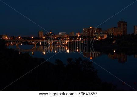 Saskatoon City Night Reflexion In River