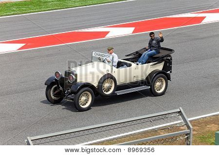 BARCELONA- MAY 9:Karun Chandhok of HRT-Cosworth on parade of pilots before a stage of race the Formu