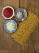 picture of grating  - Spaghetti ingredients - JPG