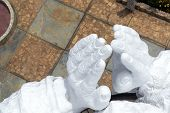 pic of mary  - Large white hands of the largest Virgin Mary statue in the world in Concepcion Peru - JPG