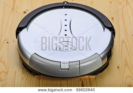 Robot Vacuum Cleaner (3 Top Quarter)