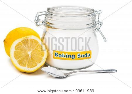 Spoonful Of Baking Soda And Lemon Fruits For Multiple Holistic Usages.
