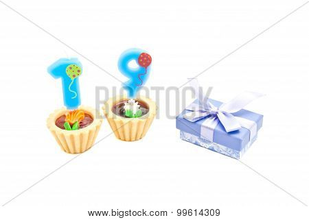 Cakes With Nineteen Years Birthday Candles And Gift