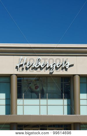 Herberger's Store Exterior