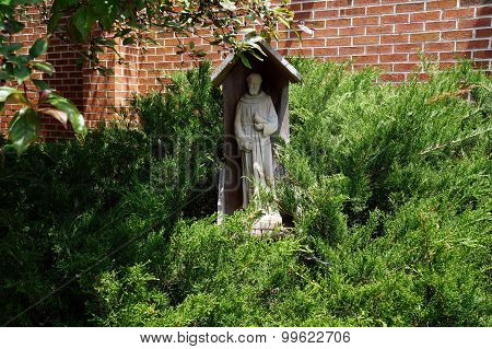 Sculpture of Saint Francis of Assisi