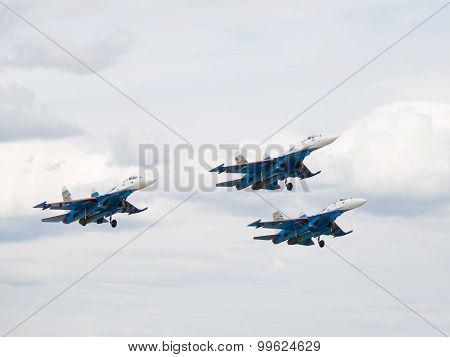 Three Su-27