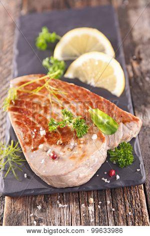 grilled fish tuna