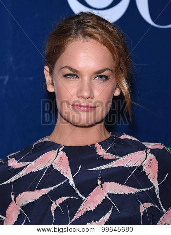 LOS ANGELES - AUG 10:  Ruth Wilson arrives to the Summer 2015 TCA's - CBS, The CW & Showtime  on August 10, 2015 in West Hollywood, CA
