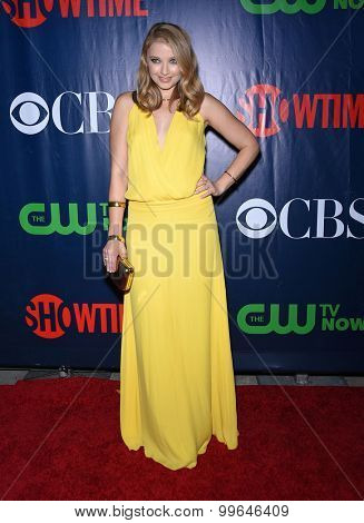 LOS ANGELES - AUG 10:  Elisabeth Harnois arrives to the Summer 2015 TCA's - CBS, The CW & Showtime  on August 10, 2015 in West Hollywood, CA