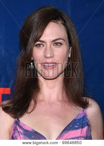 LOS ANGELES - AUG 10:  Maggie Siff arrives to the Summer 2015 TCA's - CBS, The CW & Showtime  on August 10, 2015 in West Hollywood, CA