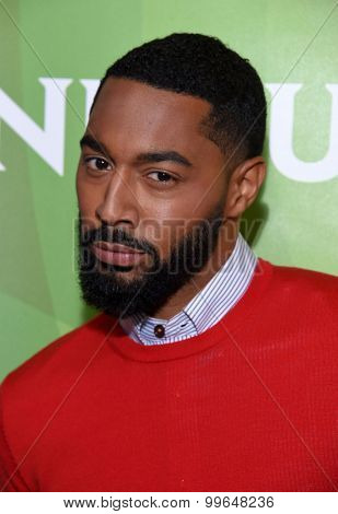 LOS ANGELES - AUG 13:  Tone Bell arrives to the Summer 2015 TCA's - NBCUniversal  on August 13, 2015 in Hollywood, CA