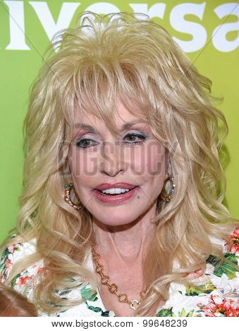 LOS ANGELES - AUG 13:  Dolly Parton arrives to the Summer 2015 TCA's - NBCUniversal  on August 13, 2015 in Hollywood, CA