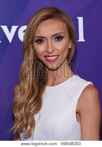 LOS ANGELES - AUG 12:  Giulianna Rancic arrives to the arrives to the Summer 2015 TCA's - NBCUniversal  on August 12, 2015 in Beverly Hills, CA