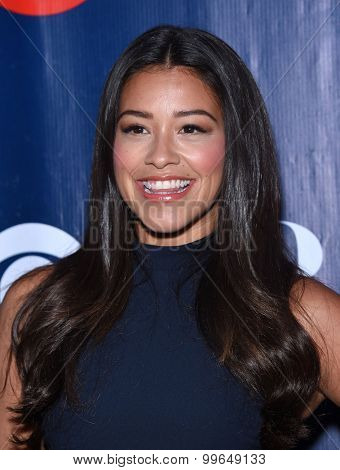 LOS ANGELES - AUG 10:  Gina Rodriguez arrives to the Summer 2015 TCA's - CBS, The CW & Showtime  on August 10, 2015 in West Hollywood, CA