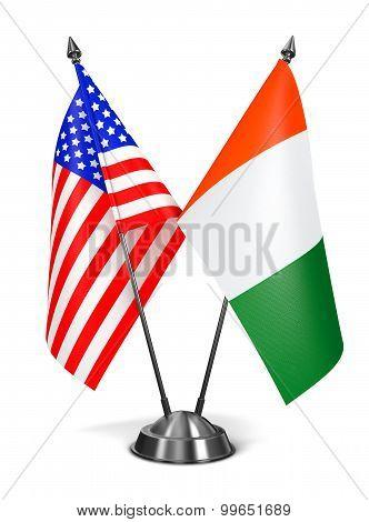USA and Ivory Coast - Miniature Flags.