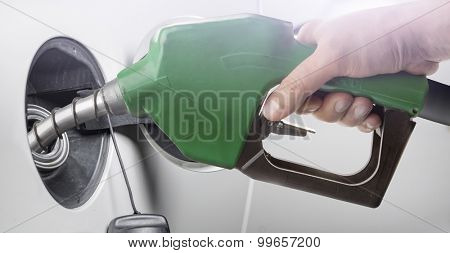 Refilling the fuel tank