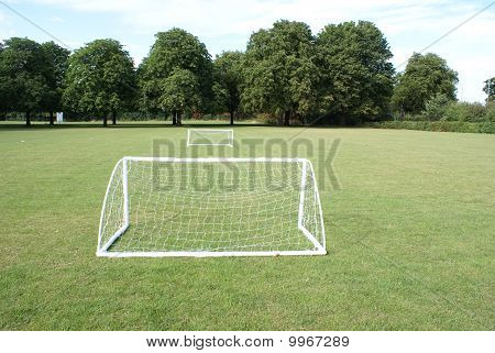 Mini football goal