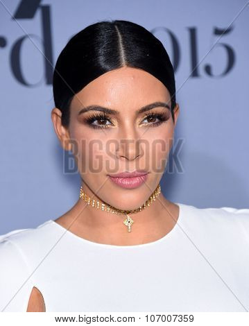 LOS ANGELES - OCT 26:  Kim Kardashian arrives to the InStyle Awards 2015  on October 26, 2015 in Hollywood, CA.