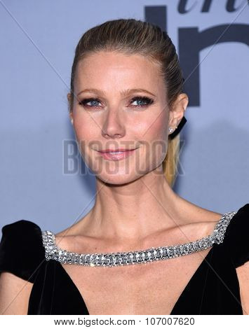 LOS ANGELES - OCT 26:  Gwyneth Paltrow arrives to the InStyle Awards 2015  on October 26, 2015 in Hollywood, CA.