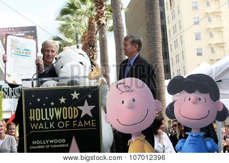 LOS ANGELES - NOV 2:  Craig Schultz, Leron Gubler, Snoopy at the Snoopy Hollywood Walk of Fame Ceremony at the Hollywood Walk of Fame on November 2, 2015 in Los Angeles, CA