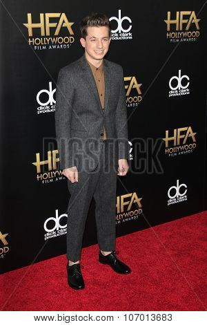 LOS ANGELES - NOV 1:  Charlie Puth at the 19th Annual Hollywood Film Awards at the Beverly Hilton Hotel on November 1, 2015 in Beverly Hills, CA