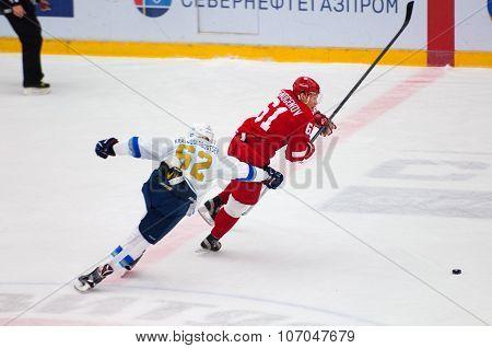 D. Krasnoslobodcev (62) And M. Afinogenov (61)