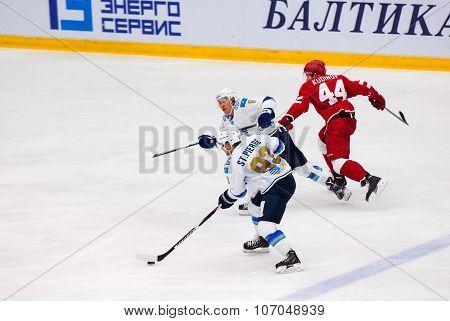 M. St.pierre (93) And T. Zhailauov (8)
