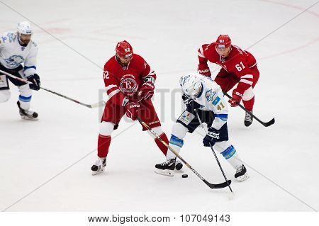 D. Boyd (41) Vs I. Golovkov (52) And M. Afinogenov (61)